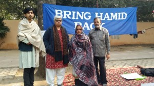 Hamid's parents, Mr Nehal Ansari and Mrs Fauzia Ansari demonstrate at the 'Jantar Mantar' in Delhi